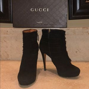 ☑️ Authentic Gucci Suede Ankle Boots